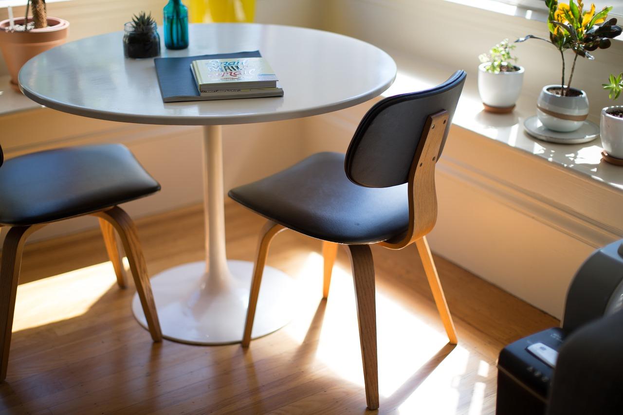 Oferta krzeseł biurowych dla firm
