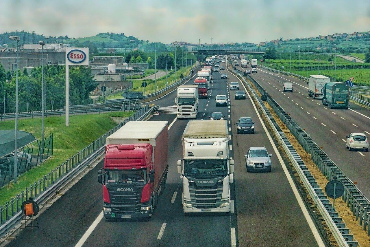 Aby łatwiej zarządzać firmą transportową